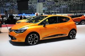 Renault-clio4-noebu
